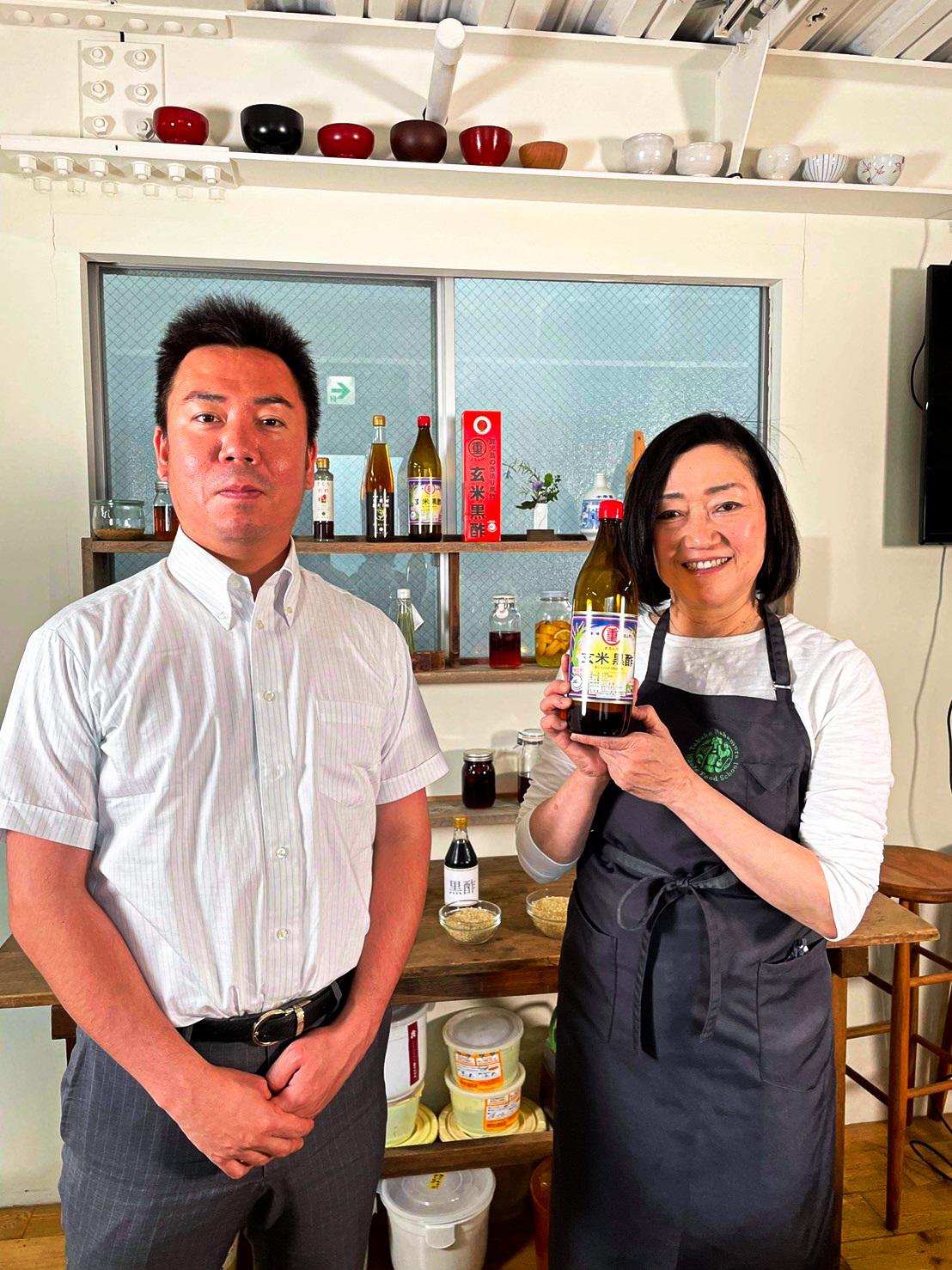 20210422タカコナカムラ先生鹿児島黒酢講習、鹿児島黒酢とその他の黒酢の違い、簡単レシピ、健康になぜ発酵食品がいいのかを講習